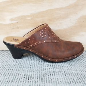 Sofft Clogs Mules Brown Studded Wedge Heels Shoes